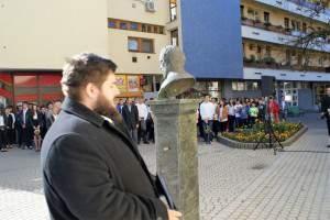 Széchenyi és Kossuth szobor koszorúzása